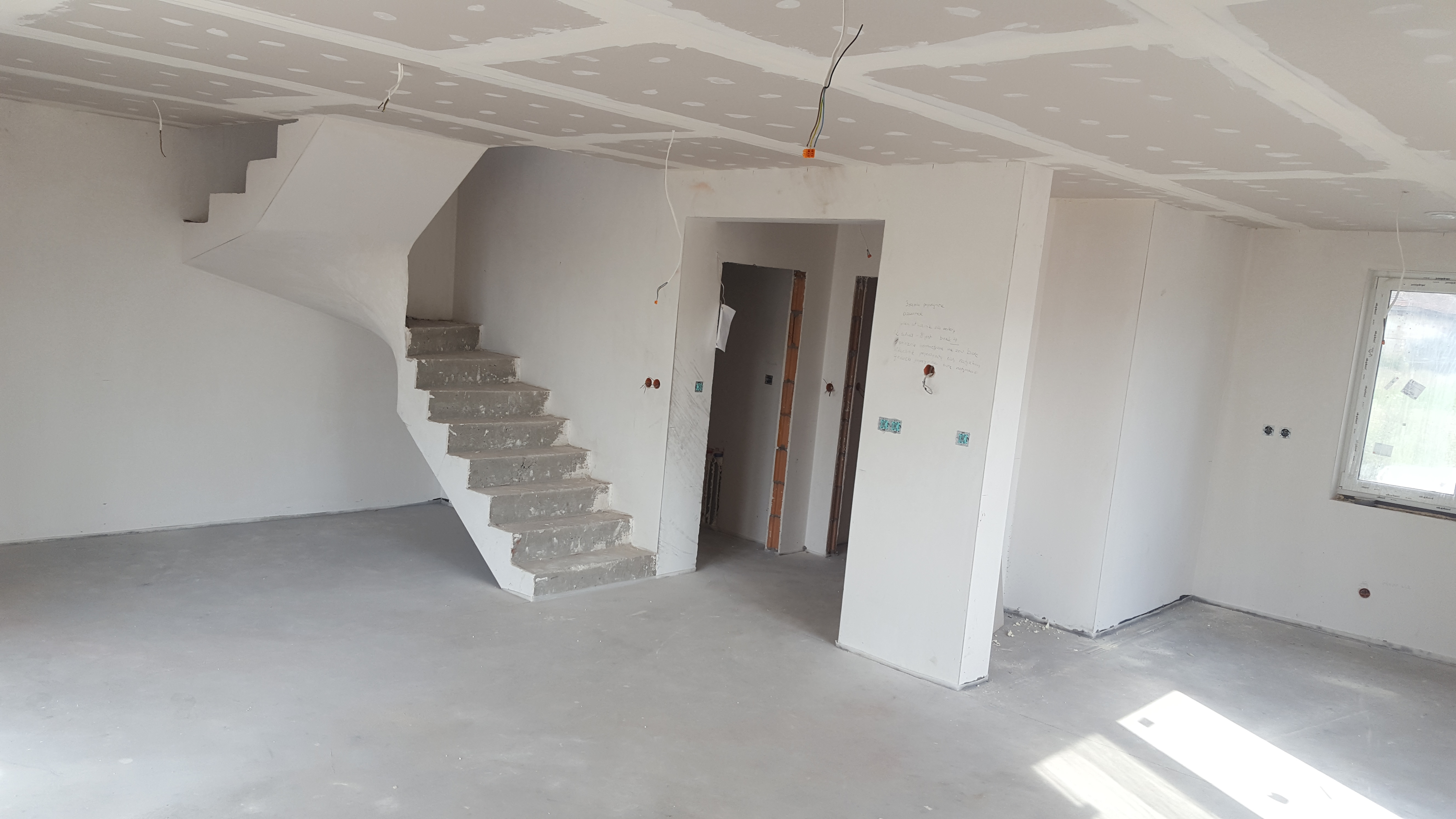 4 Rooms Rooms,2 BathroomsBathrooms,Domy,Sprzedaż,1027